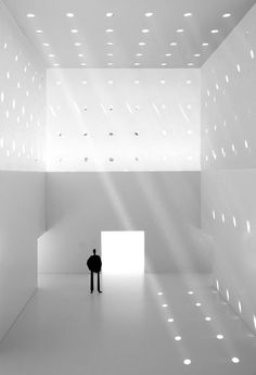 MIA Museum of Italian Art for the Olnick Spanu family in Garrison, New York. Architecture Design, Light Architecture, Futuristic Architecture, Interior Lighting, Lighting Design, Lumiere Photo, Plan Garage, Luz Natural, Light And Space