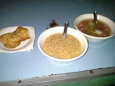 Ronde,Kuah Kacang dan Roti Goreng : Ronde Titoni