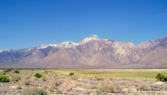 05/2005 Le lac Owens et Paramits Mountains sur la rouet de Death Valley