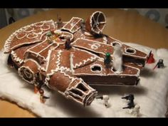 Millennium Falcon gingerbread