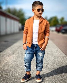 New Baby Clothes Storage Parents 35 Ideas Trendy Boy Outfits, Outfits Niños, Boys Summer Outfits, Little Boy Outfits, Cute Outfits For Kids, Toddler Outfits, Toddler Boy Fashion, Little Boy Fashion, Toddler Girl