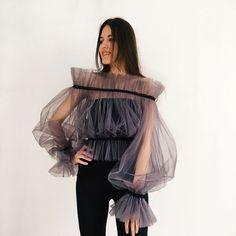 Mesh Tops, Top Transparente, High Fashion, Womens Fashion, Fashion Tips, Lolita Fashion, Fashion History, Korean Fashion, Fashion Ideas