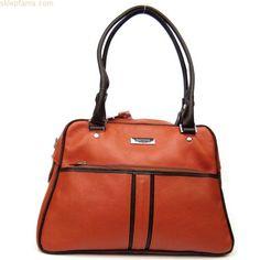 Kuferkowata torebka do codziennego noszenia