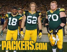 Packers, Bears face off for 185th time...and the photobombs continue.