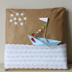 I love packaging :) Paper Packaging, Packaging Ideas, Gift Packaging, Origami Gift Box, Origami Paper, Kraft Paper, String Art, Gift Boxes, Embellishments
