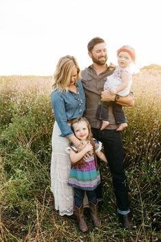 Boho Family style. Boho family fashion. Boho family photos. Boho family photography. josieengland.com Josie England Photography.