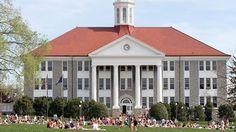 Wilson Hall, the center of James Madison University (JMU) quad in Harrisonburg, Virginia