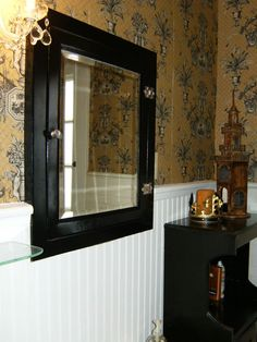 Check Out This Old Medicine Cabinet Spray Paint Make Over Done In Just A  Few Minutes