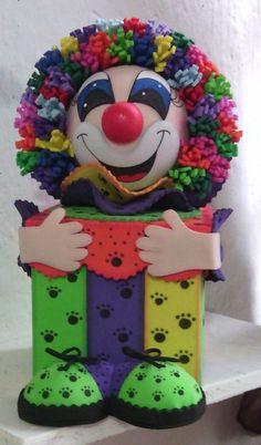 Caja Fofucho Payaso Sacado de Fomy Ideas   http://www.foamyideas.com/proyectos/proyecto-p24-graciosa-y-bella-caja-payaso-fofucho