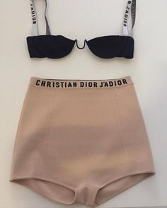 Fashion Gone rouge - Bademode Ropa Interior Vintage, Christian Dior, Looks Style, My Style, Underwear, Fashion Gone Rouge, Luxury Lingerie, Beautiful Lingerie, Supergirl