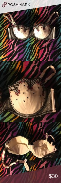Victoria Secret Sexy Little Things bra 👙NWT💐 Beautiful Sexy Little Things bra. Beautiful design. Offers welcome 💁 PINK Victoria's Secret Intimates & Sleepwear Bras