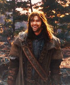 Kili!  My favourite hobbit character who was left behind in the town on the lake so close to his long forgotten home the lonely mountain!!