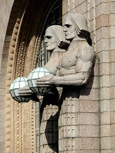 lights at Helsinki Central Railway Station, Eliel Saarinen