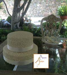 Pastel de boda Fondant, Desserts, Food, Tailgate Desserts, Deserts, Fondant Icing, Meals, Dessert, Yemek
