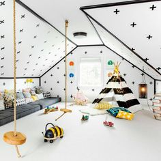 What a delightful playroom designed by @susana.chango #playroom #nurserydecor #ptbaby #playtime