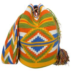 Lime Mochila Bag $90.00 FREE SHIPPING | Handmade and Fair Trade Wayuu Mochila Bags – LOMBIA & CO. | www.LombiaAndCo.com