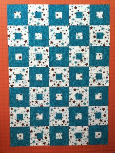 All Boxed In - Great tutorial from Joanne at Everyone Deserves a Quilt