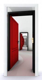 Naklejka na drzwi - Przechodząc przez czerwone drzwi 0063 | Naklejki \ Przeznaczenie \ Naklejki na drzwi - oklejaj.pl