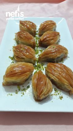 Mekik Tatlisi Easy Cake Recipes, Great Recipes, Taco Pizza, Bon Appetit, Bakery, Food And Drink, Sweets, Vegetables, Cooking