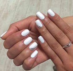 Popular Pins New Ideas For Manicure White Silver Cute Nails White Shellac Nails, White Glitter Nails, White Coffin Nails, Simple Acrylic Nails, White Nail Art, Nail Manicure, White Manicure, White Short Nails, Gem Nails