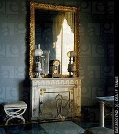Interior of Palace of Caserta | Bathroom - Royal Palace of Caserta , UNESCO World Heritage , Campania ...