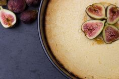 This Honey Fig Ricotta Torte is perfect for fall!