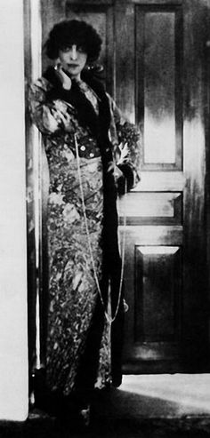 Marchesa Casati by Adolph de Meyer, photography, 1912
