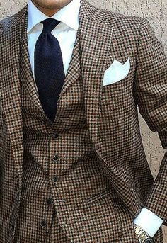 I love this Houndstooth pattern so much, I am going to get a tailored suite like that myself soon!