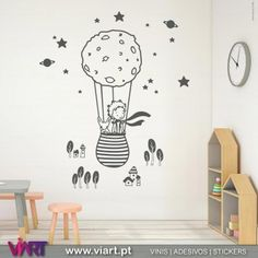 http://www.viart.pt/391-1773-thickbox/o-principezinho-no-seu-balao-vinil-decorativo-parede-infantil.jpg