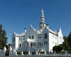10 things to do when you visit Swellendam - Roxanne Reid Stuff To Do, Things To Do, Africa Travel, South Africa, Mansions, House Styles, Things To Make, Manor Houses, Villas