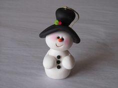 Polymer Clay Snowman Ornament por ClayPeeps en Etsy