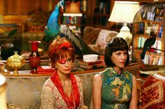 I love the aunts from Pushing Daisies - their sense of style is so bizarre and quirky. Especially love Lily's ever changing eye patch