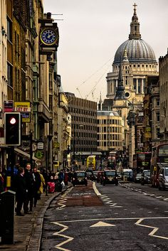 Fleet Street(London, England) by garryknight on Flickr.   What do the zig-zagged lines mean? England And Scotland, England Uk, Oxford England, Cornwall England, Places To Travel, Places To See, Places Around The World, Around The Worlds, Fleet Street