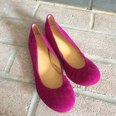 Jcrew ballet flats Size 7.5 Jcrew ballet flats. Pink suede. Bought this year and worn maybe 4 times. Price is firm! J. Crew Shoes Flats & Loafers