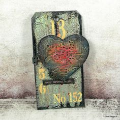Von Pappe II: Steampunk Birthday Tag for SanDee&amelie's June 2020 Steampunk Challenge Fluid Acrylics, Black Acrylics, Mixed Media Art, Mix Media, June Challenge, Chalky Finish Paint, Steampunk Heart, Metallic Luster, Birthday Tags