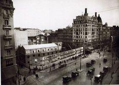 Bonita foto de la Gran Vía de 1926 sin uno de sus elementos más reconocibles, el…
