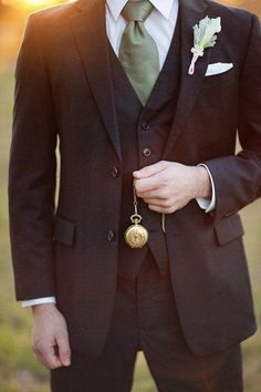 42 Vintage Wedding Groom Looks That Inspire | HappyWedd.com