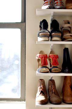 étagères à chaussures @Beth Tauer.sleep.wear.