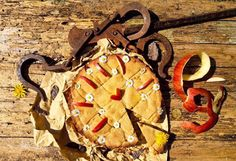 Il coinvolgimento degli agricoltori è la vera della nostra scuola!!  Nella foto crostata all'infuso di camomilla con farina Sieve integrale e confettura di mele dolci di bosco #manifestomediterraneo  #mediterraneanfood #cake
