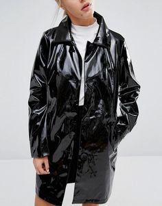 Trend Alert: abrigo de charol