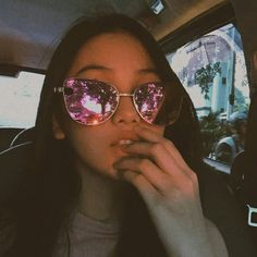i don't need ur approval darl, that's for insecure ppl. Bff Pictures, Poses, Aesthetic Girl, Lokal, Couple Goals, Round Sunglasses, Anime Art, Insecure, Chara