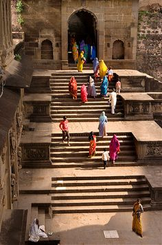 Ahilya temple in Maheshwar, #India • Captured by photographer Eli Shams