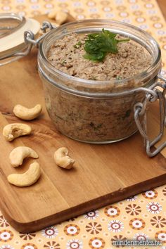 cashew vegan results - ImageSearch Vegan Foods, Vegan Dishes, Vegan Recipes, Vegan Vegetarian, Cooking Recipes, Vegan Pate, Vegan Mushroom Pate Recipe, Pate Recipes, Juicer Recipes