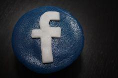 Social Media Facebook cupcake