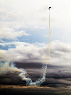 cool. An aerial maneuver performed during the Air and Ground Expo at McEntire Joint National Guard Base in Eastover, SC.