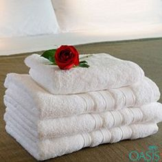 Manufacturer of Wholesale Pure White Hotel Towels