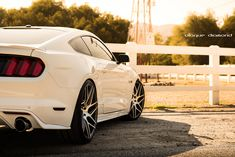 2015 Ford Mustang GT White BD-3 22