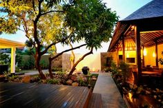Japanese Style Courtyard