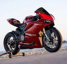 Ducati 1299 Panigale S Ducati Motorbike, Motorcycle Dirt Bike, Moto Ducati, Yamaha R6, Motorcycle Design, Dirt Bikes, Ducati 1299 Panigale, Ducati Supersport, Mv Agusta