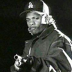 - by eazye_legend Hip Hop And R&b, Hip Hop Rap, Hip Hop Images, Arte Hip Hop, Gangster Rap, Straight Outta Compton, Hip Hop Artists, Hip Hop Fashion, Thug Life